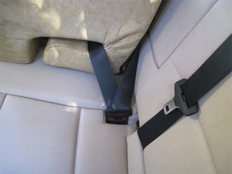 Buckle seat in